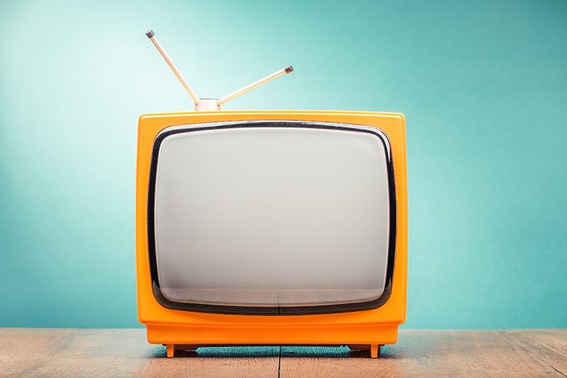 Brokers as broadcasters